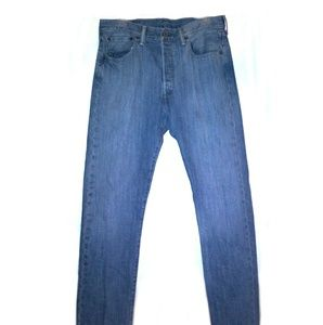 Levi's mens button fly 501 size 32x32 SHARP!!